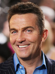 Bradley Walsh Biography